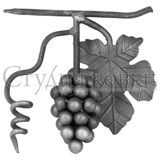 Виноград с листом